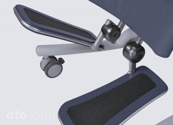 Novum size 3 - multiple adjustable footplates