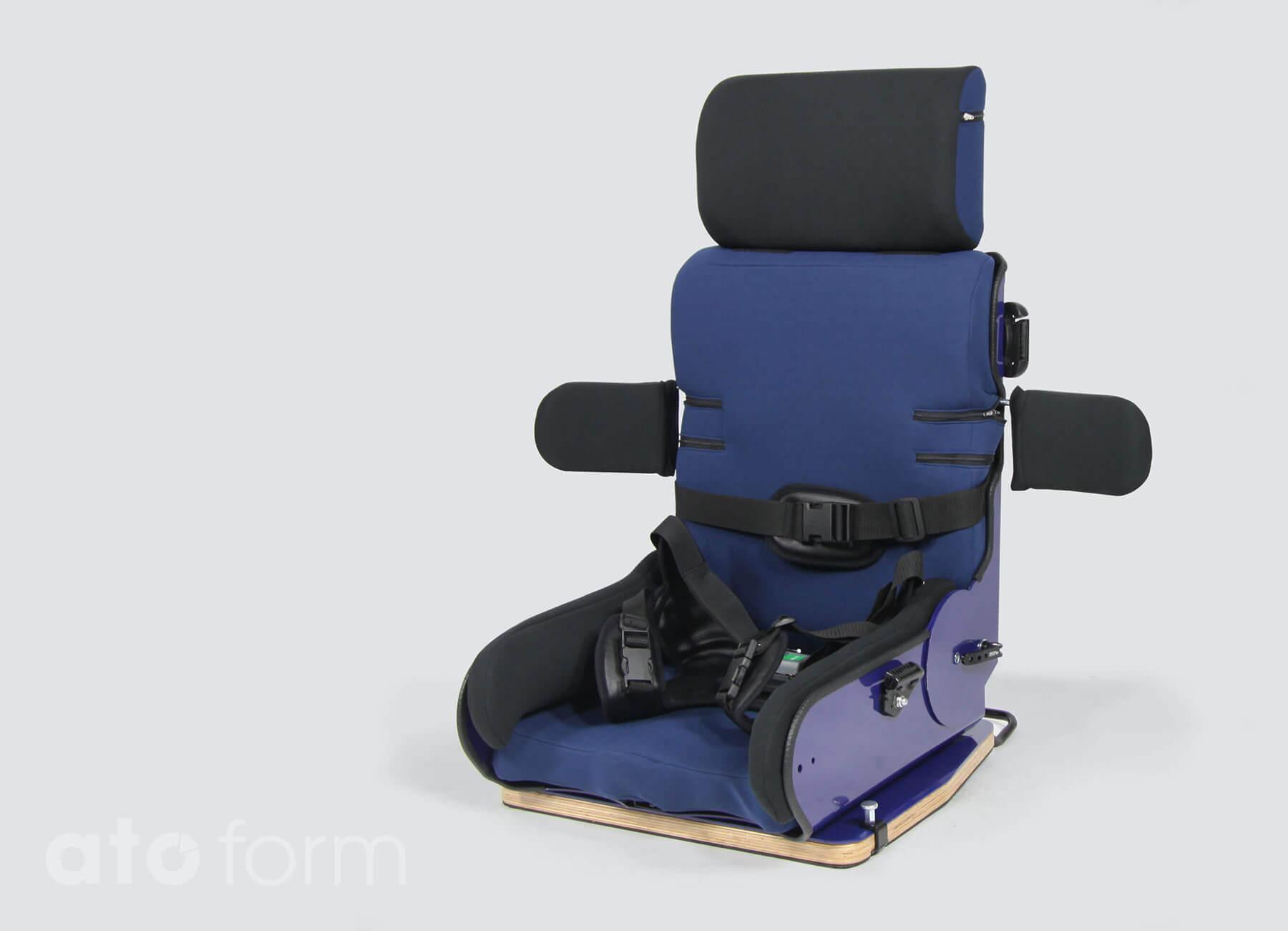 Autostoel met aangepaste rugleuning